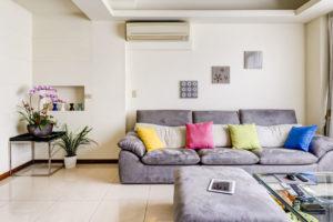 Escena salón estilo simple